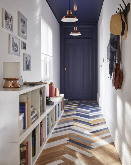 Painted-floorboards-hallway-styling